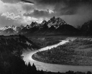 The Resurgence of Monotone Photography In The Digital Age