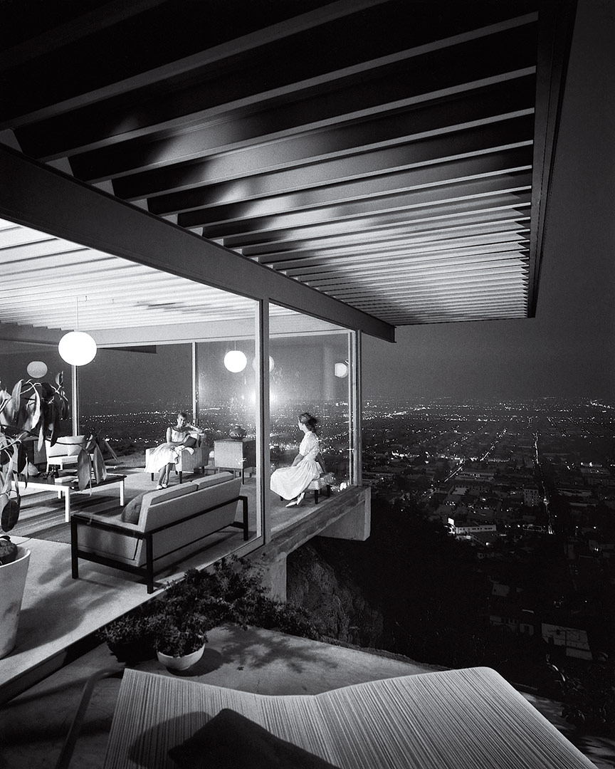 Case study house #22 by (c) Julius Shulman – one of the most famous architectural photographs ever taken.