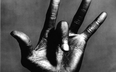 Irving-Penn-The-Hand-of-Miles-Davis