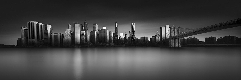 NYC Skyline (c) Joel Tjintjelaar.