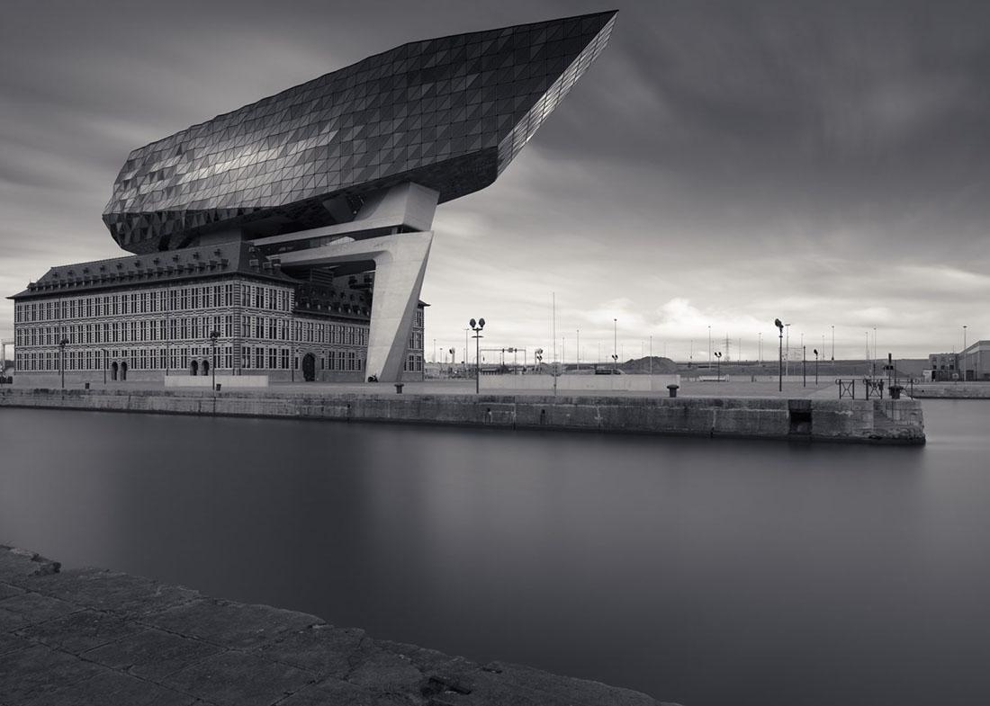 Porthouse Antwerp, 2017 – (c) Joel Tjintjelaar with Phase One IQ3 Achromatic 100MP